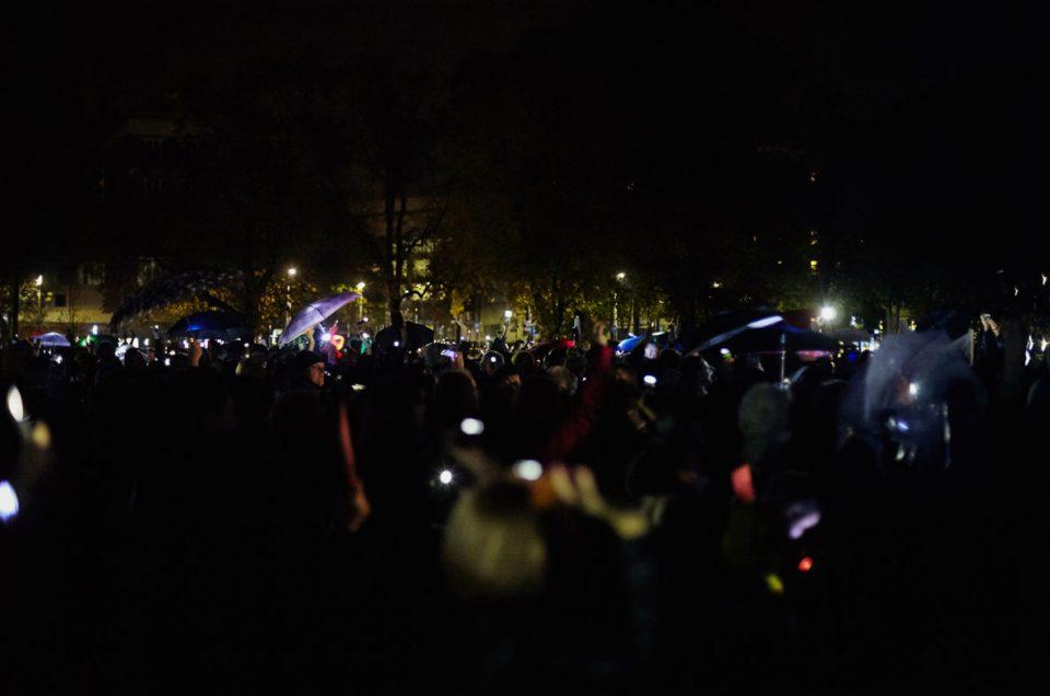 Parasolka – krakowska akcja w ramach czarnego protestu