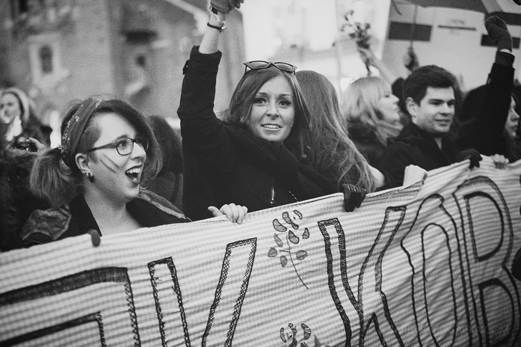 bogacka-fotografia-krakoacutew-maopolska-8m-midzynarodowy-strajk-kobiet-w-krakowie
