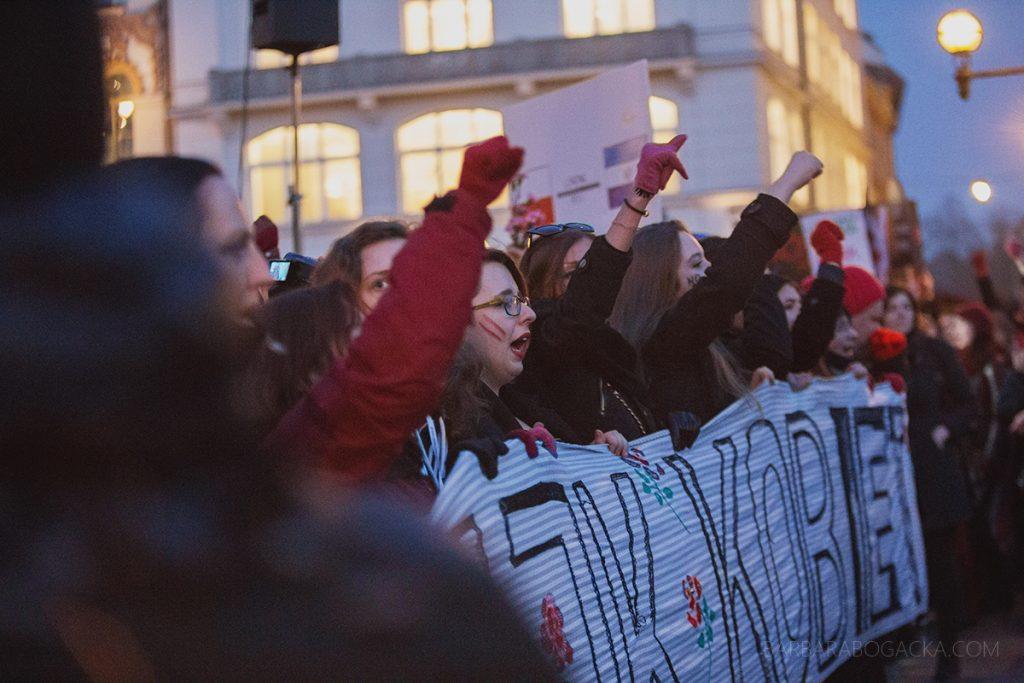 bogacka-fotografia-8m-midzynarodowy-strajk-kobiet-w-krakowie