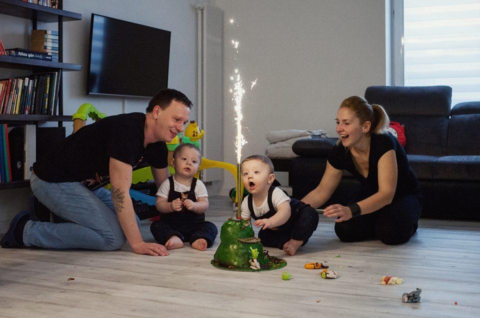 Leo i Hugo – sesja fotograficzna z okazji pierwszych urodzin.
