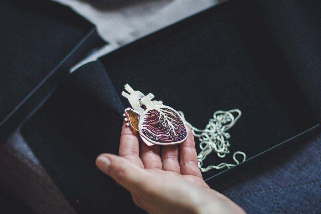 bogacka-fotografia-krakoacutew-maopolska-sesja-biznesowa--anna-betley--samaia-jewellery
