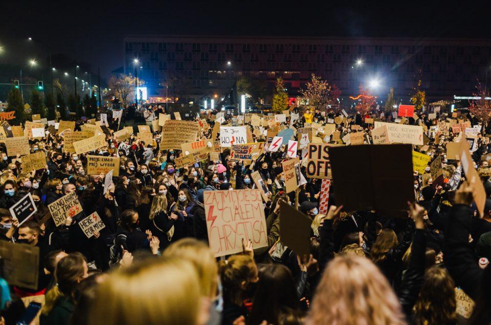 28.10.20 – wieczorny Strajk Kobiet w Krakowie