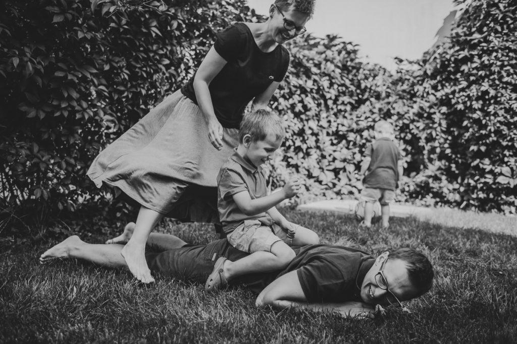 bogacka-fotografia-krakoacutew-maopolska-lifestylowa-sesja-rodzinna